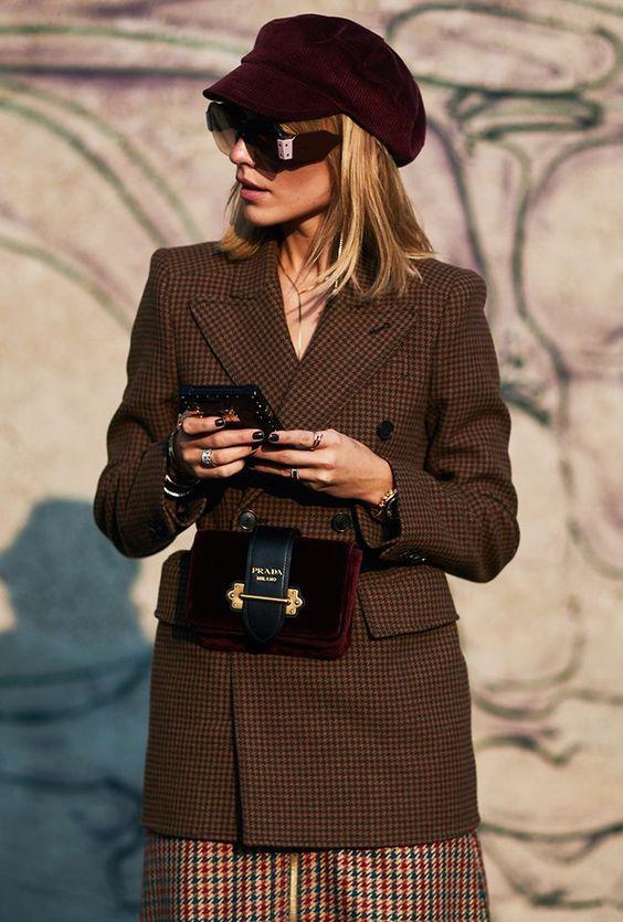 Женская поясная сумка - модный тренд лета 2018