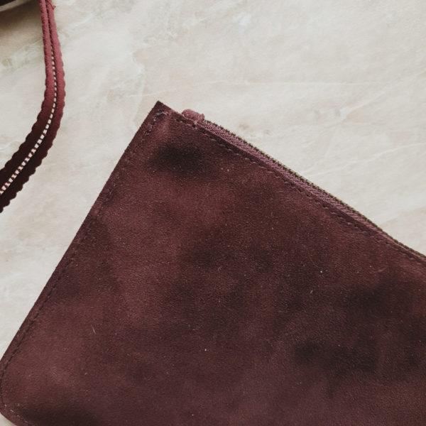 "Косметичка в сумку на карабинах замша ""пыльная марсала"""