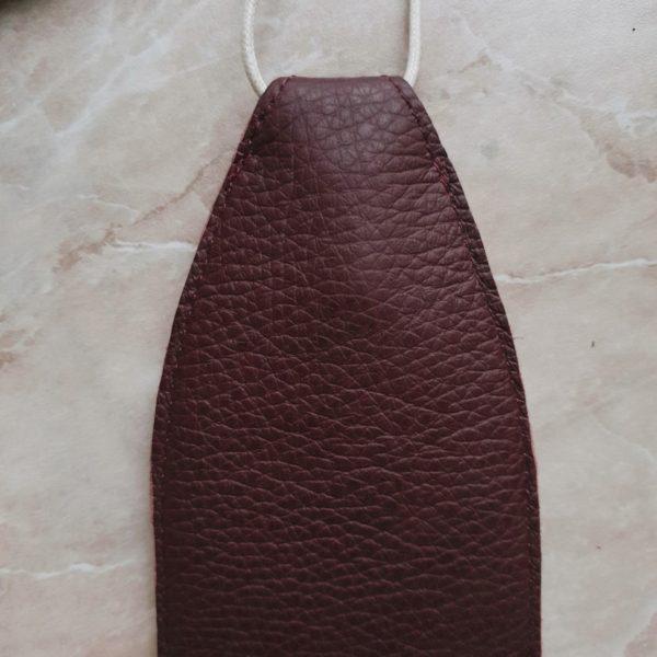 Ключница Deco в фактурной матовой бордовой коже с подкладкой