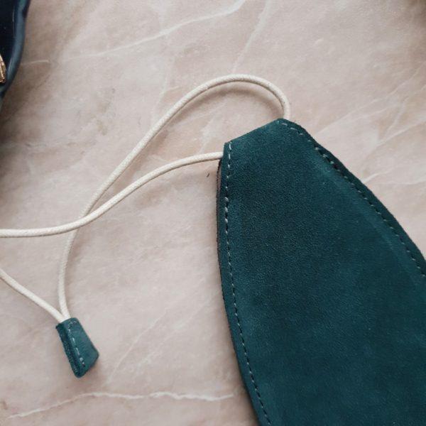 Ключница Deco в изумрудной замше с подкладкой