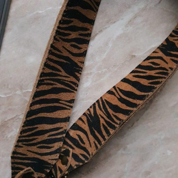 Съемный декоративный ремень 55 см горизонтальная черно-бежевая зебра